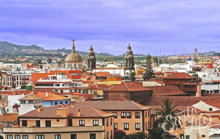 Сан-Кристобаль-де-ла-Лагуна — самый старый город острова Тенерифе и бывшая столица