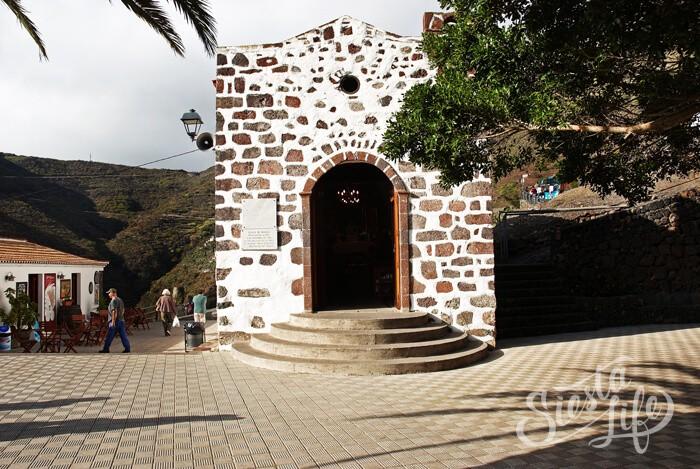 Церковь в деревне Маска на Тенерифе