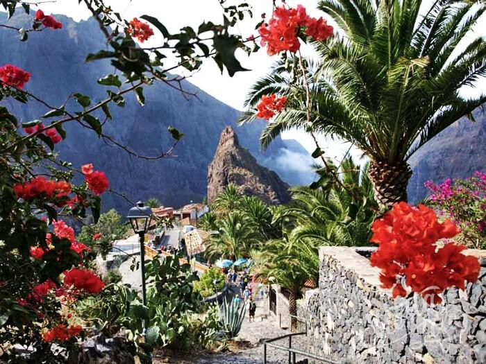 Цветущая деревня Маска на Тенерифе
