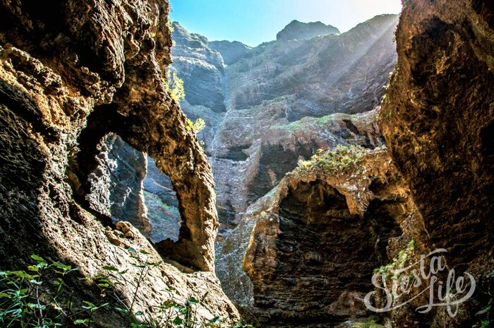 Скалы в ущелье Маска на Тенерифе