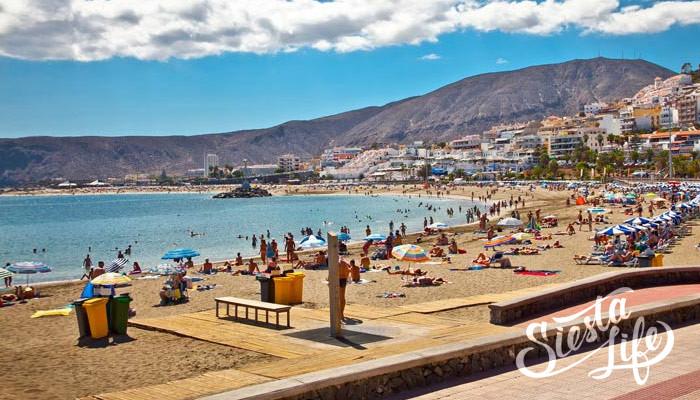 Пляж Лос Кристианоса на Тенерифе