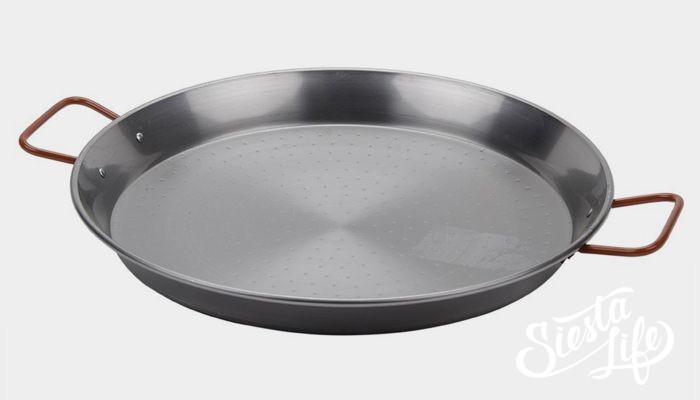 Специальная сковорода для приготовления паэльи